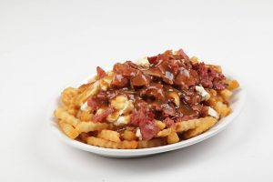 Poutine smoked meat - Complexe Hotelier Le 55